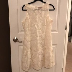 Lace daisy dress w drop waist and ruffle